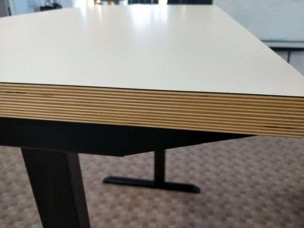Ergoliv all-day casual desk side