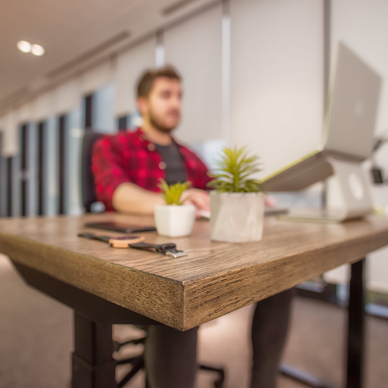 ergoliv_smart-desk_reminder-to-change-posture